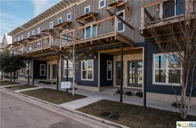 New Braunfels Condo/Townhouse For Sale: 1143 N Academy Avenue