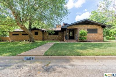 Gatesville Single Family Home For Sale: 201 N 29th Street