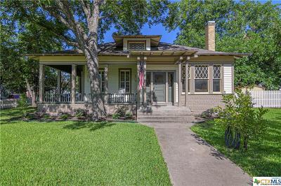 Seguin Single Family Home For Sale: 504 N Milam Street