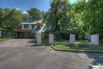 Guadalupe County Single Family Home For Sale: 100 Erskine Ferry Road
