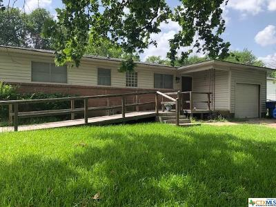 Copperas Cove Single Family Home For Sale: 208 Easy Street