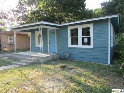 Seguin Single Family Home For Sale: 518 Newton Avenue