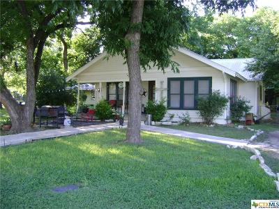 San Marcos Single Family Home For Sale: 921 Sycamore Street