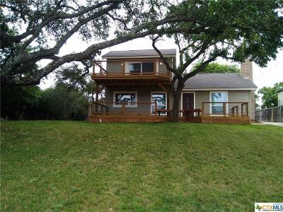 Canyon Lake Single Family Home For Sale: 1954 Comfort
