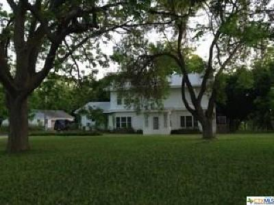 San Marcos Single Family Home For Sale: 1816 Uhland Road
