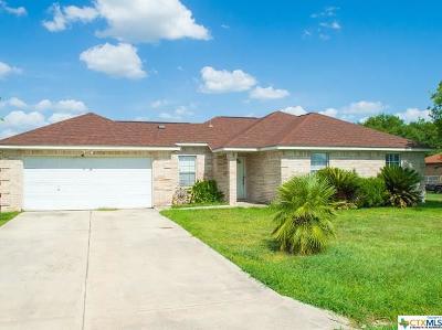 Seguin Single Family Home For Sale: 485 Cordova Loop