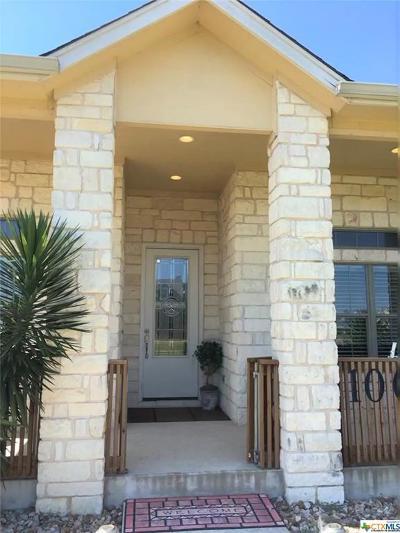 Hutto Single Family Home For Sale: 100 E Doucet Cove