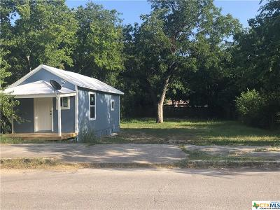 Seguin Single Family Home For Sale: 519 Jones Avenue