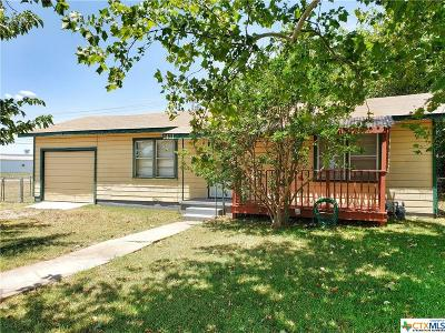 Gatesville Single Family Home For Sale: 1411 W. Main Street