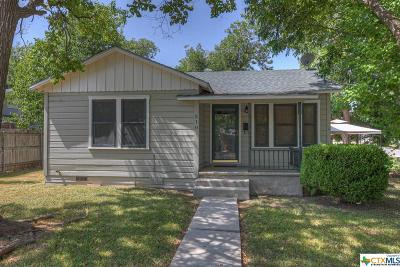 Single Family Home For Sale: 210 S Hackberry Avenue
