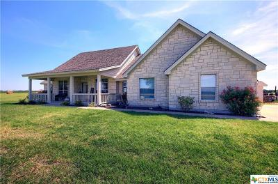 Milam County Single Family Home For Sale: 422 Farm To Market 3061