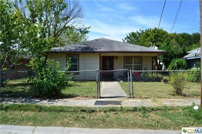 Seguin Single Family Home For Sale: 728 Elley Street