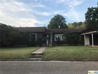 Gatesville Single Family Home For Sale: 2504 Oak Drive