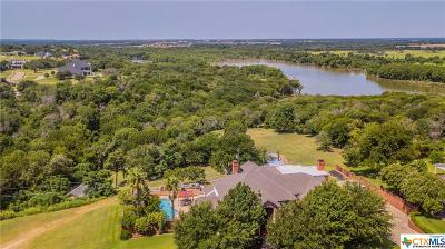 McLennan County Single Family Home For Sale: 14010 Horseshoe Circle