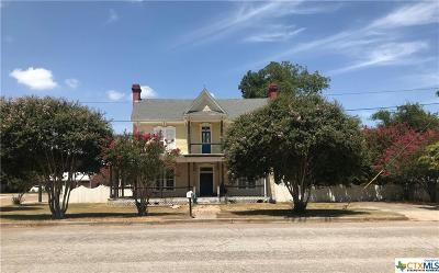 Milam County Single Family Home For Sale: 102 E 2nd