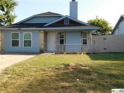 Killeen Single Family Home For Sale: 2216 Cimmaron Drive