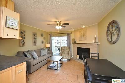 New Braunfels Condo/Townhouse For Sale: 500 N Market Street #208