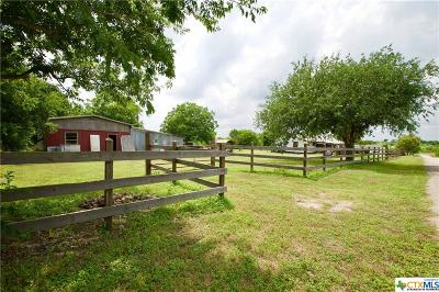 San Marcos Single Family Home For Sale: 200 Lehmann Road