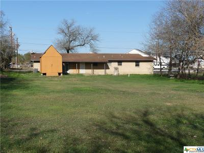 Single Family Home For Sale: 1092 S State Highway 46