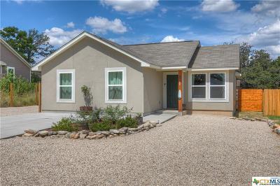 Canyon Lake Single Family Home For Sale: 2123 Blueridge Drive