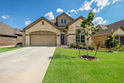New Braunfels TX Single Family Home For Sale: $415,000