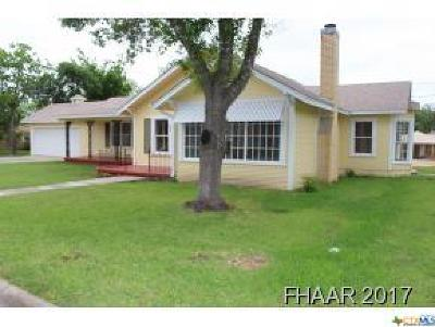 Lampasas Single Family Home For Sale: 808 1st Street