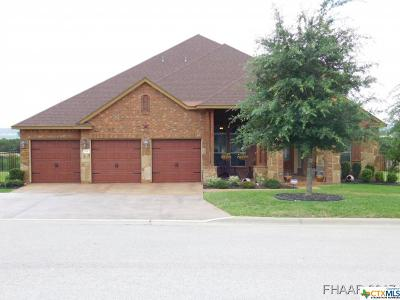 Harker Heights Single Family Home For Sale: 102 Cedar Bluff Drive