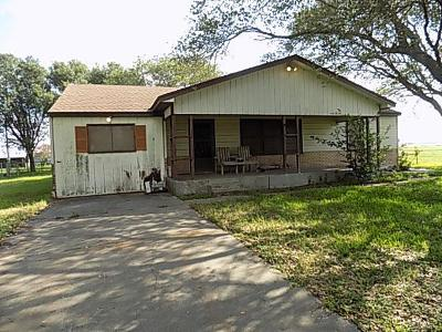 Single Family Home For Sale: 237 Midway