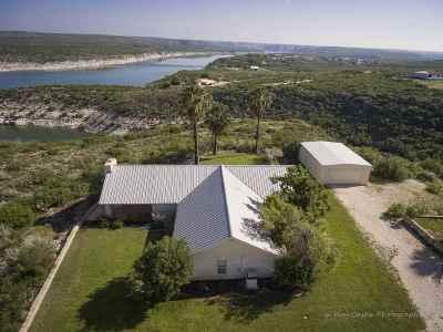 Brackettville, Del Rio, Comstock Single Family Home ACTIVE: 554 Sierra Rd