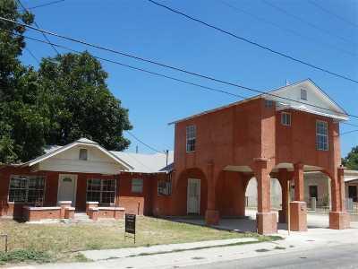Brackettville, Del Rio, Comstock Single Family Home ACTIVE: 404 W Garza St.