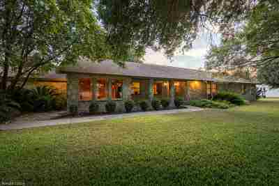 Brackettville, Del Rio, Comstock Single Family Home ACTIVE: 23 Pepper Lane
