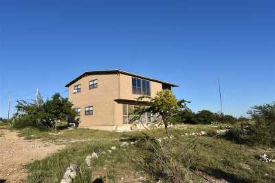 Del Rio TX Single Family Home UNDER CONTRACT-OPTION: $152,000