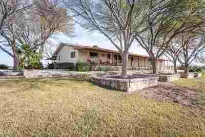 Brackettville, Del Rio, Comstock Single Family Home ACTIVE: 528 Roadrunner Street