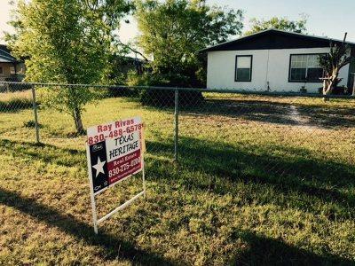 Brackettville, Del Rio, Comstock Single Family Home ACTIVE: 718 Dennis Drive