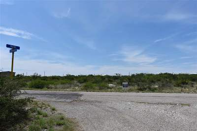Brackettville, Del Rio, Comstock Residential Lots & Land ACTIVE: 114 Roadrunner Street