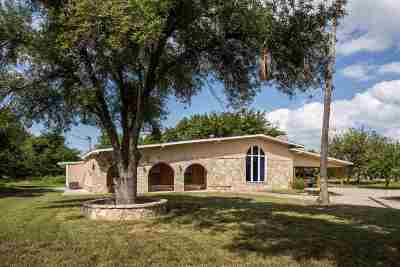 Brackettville, Del Rio, Comstock Single Family Home UNDER CONTRACT-OPTION: 310 A Alderete Lane