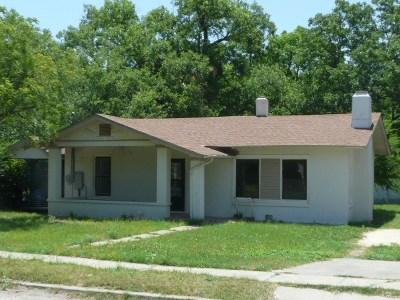 Brackettville, Del Rio, Comstock Single Family Home ACTIVE: 705 Spring Street