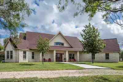 Brackettville, Del Rio, Comstock Single Family Home ACTIVE: 41 Harness Rd