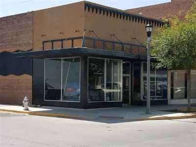 Commercial ACTIVE: 700 S Main St.