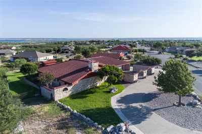 Single Family Home ACTIVE: 203 El Lago Camino