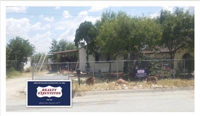 Brackettville, Del Rio, Comstock Single Family Home ACTIVE: 615 E Bowie
