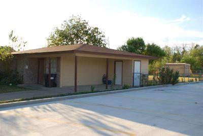 Brackettville, Del Rio, Comstock Single Family Home ACTIVE: 908 E 10th St
