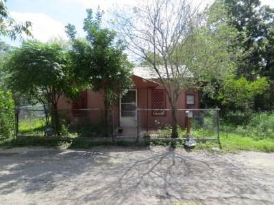 Brackettville, Del Rio, Comstock Single Family Home ACTIVE: 311 W Cortinas St