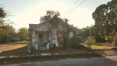 Brackettville, Del Rio, Comstock Single Family Home ACTIVE: 513 Cochran St.