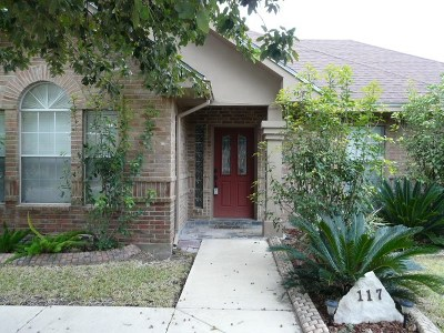 Single Family Home ACTIVE: 117 White Feather Trail