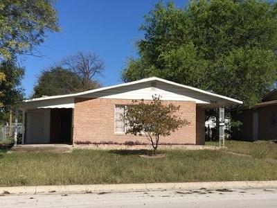 Brackettville, Del Rio, Comstock Single Family Home NEW: 700 E 12th Street