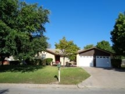 Brackettville, Del Rio, Comstock Rental For Rent: 211 Tomahawk --rental