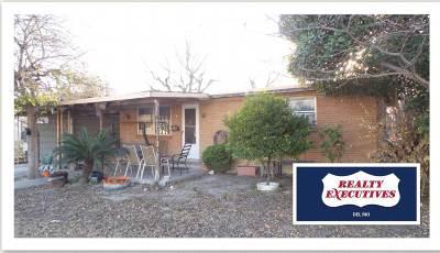 Brackettville, Del Rio, Comstock Single Family Home ACTIVE: 1704 N Main