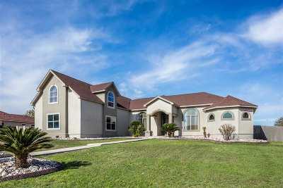 Brackettville, Del Rio, Comstock Single Family Home ACTIVE: 304 Silver Sage Dr