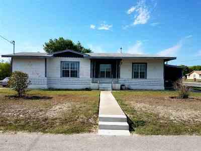 Del Rio Single Family Home ACTIVE: 501 W 6th St.